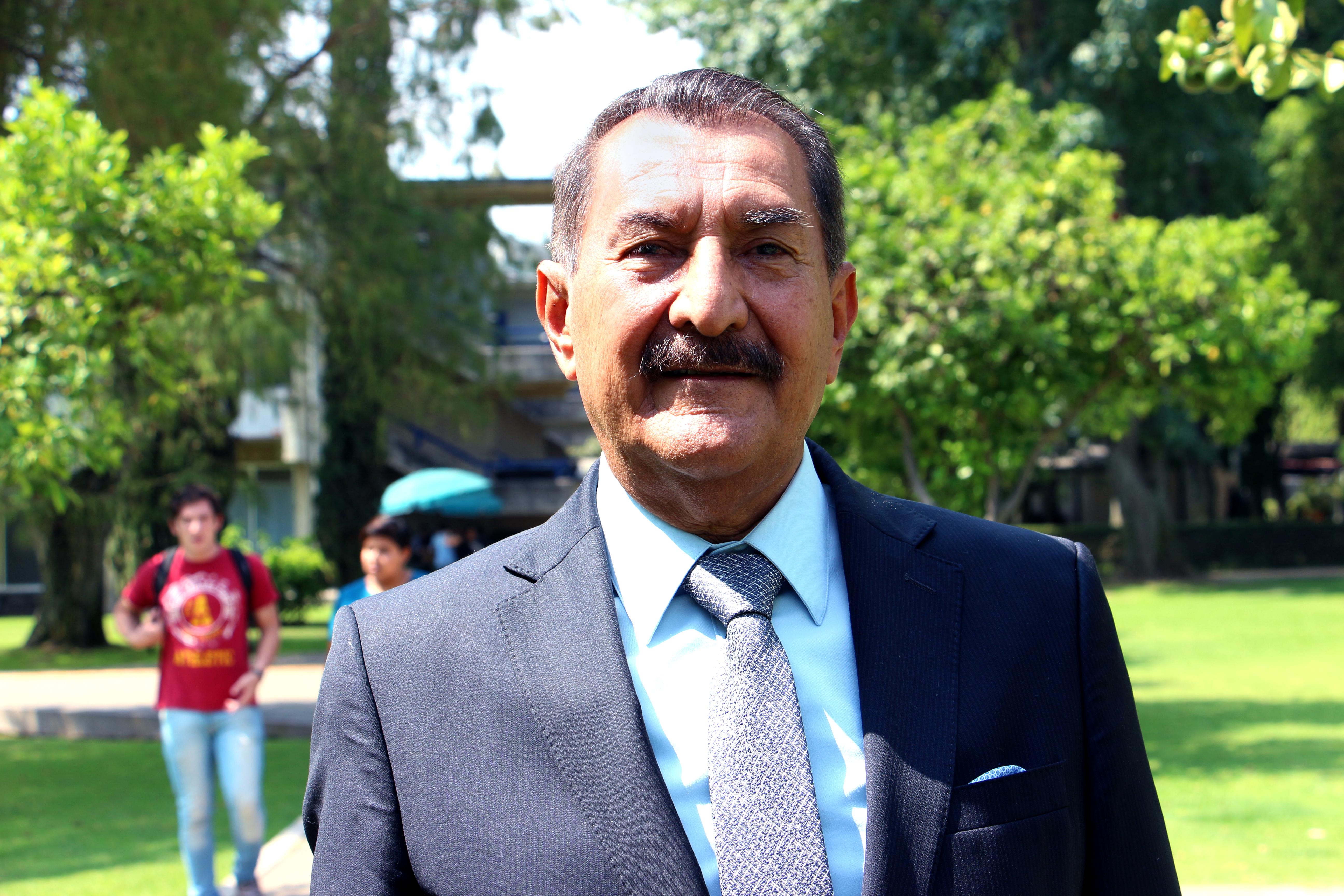 Dr. Jesús Arroyo Alejandre, actual director de la División de Economía y Sociedad.