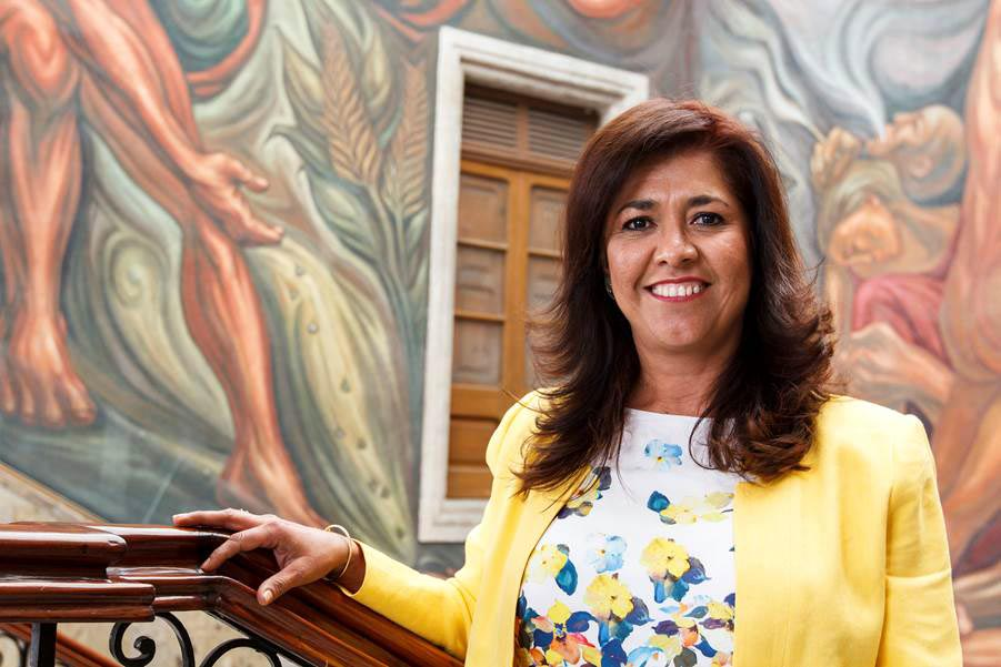 Maestra en Gerencia en Servicios de Salud y licenciatura en Psicología, Araceli Ambriz Ramos, es candidata a la Dirección General de SEMS