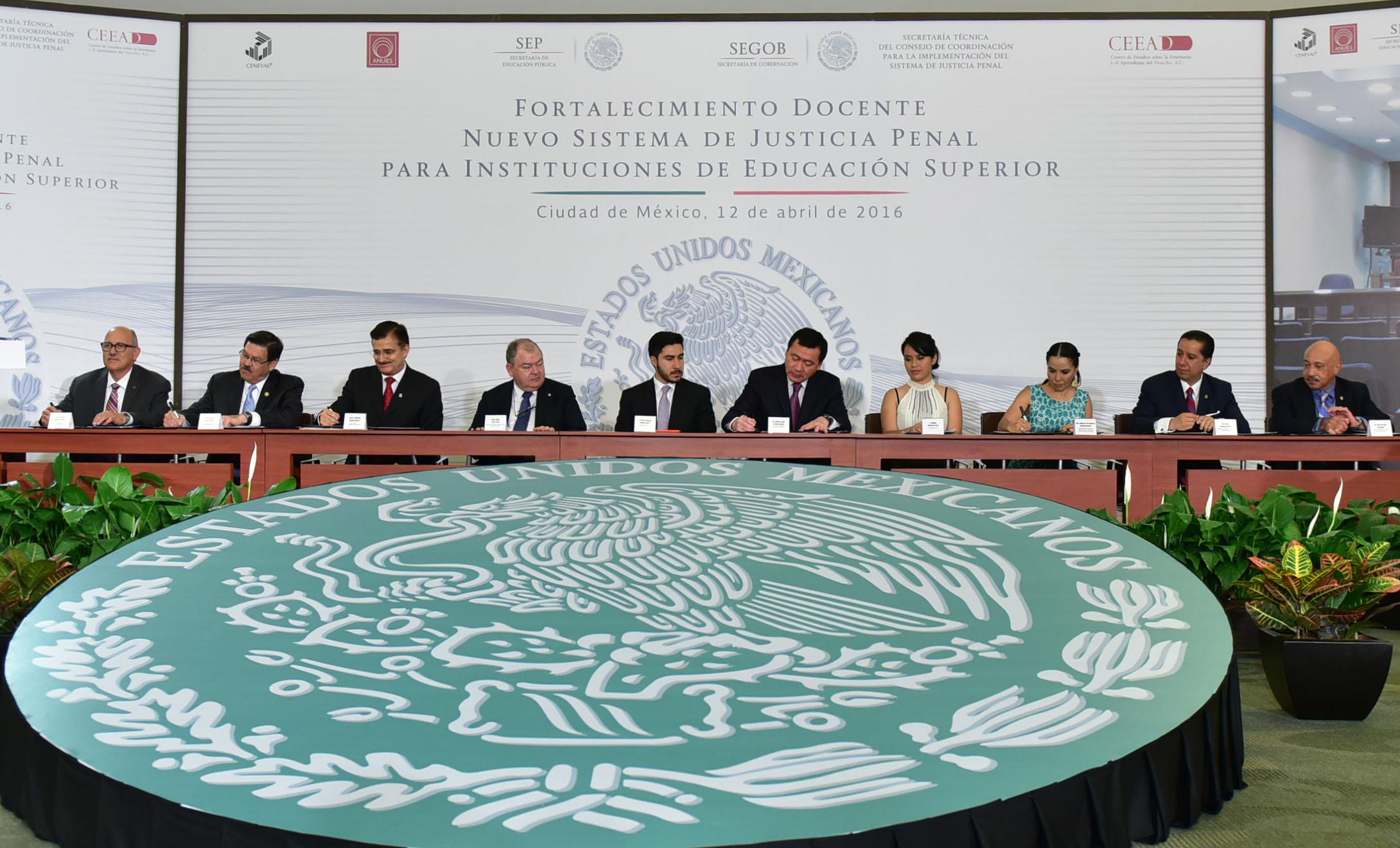 Participantes al Programa Integral para el Fortalecimiento Docente del nuevo Sistema de Justicia Penal
