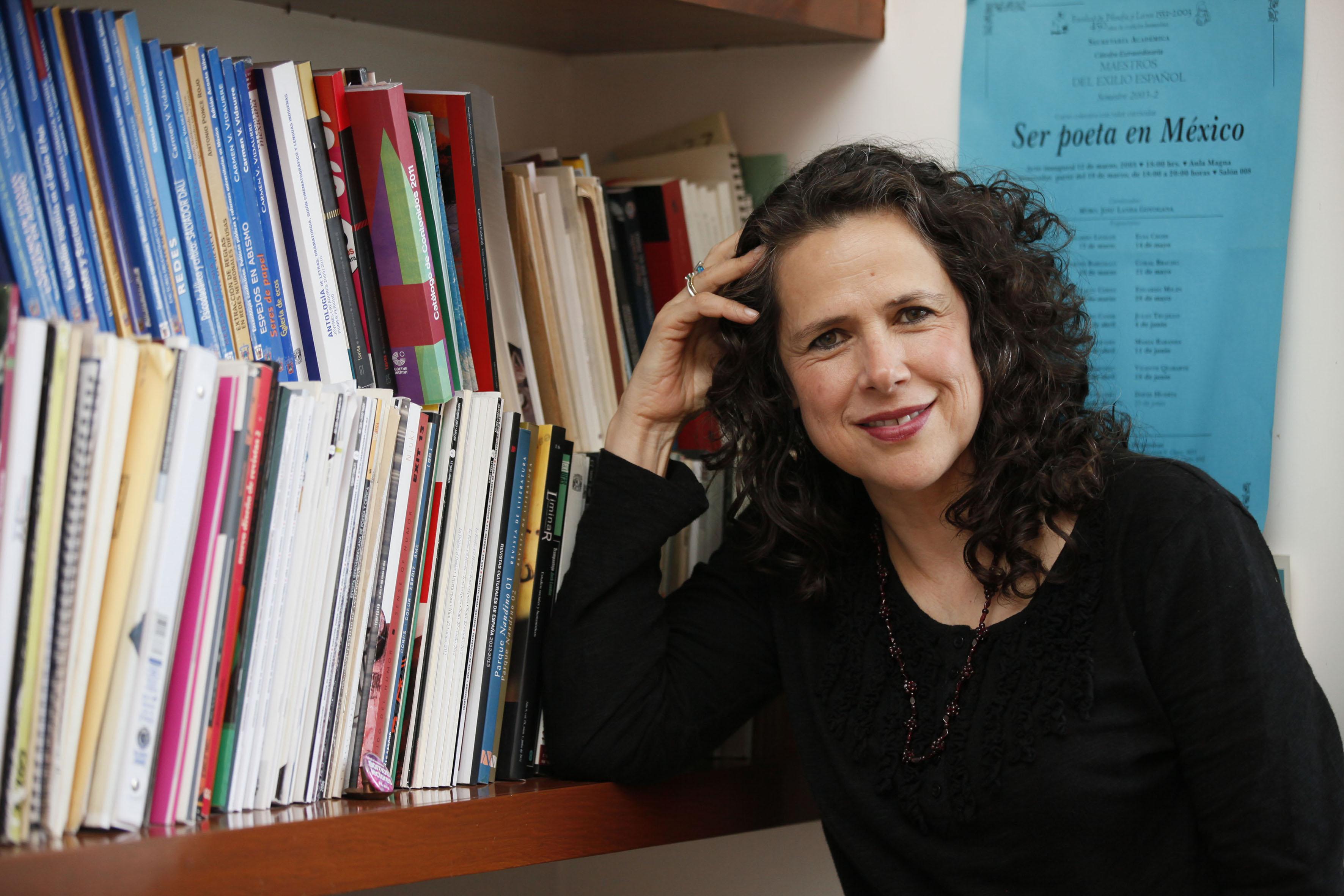 La directora, de Luvina la maestra Silvia Eugenia Castillero