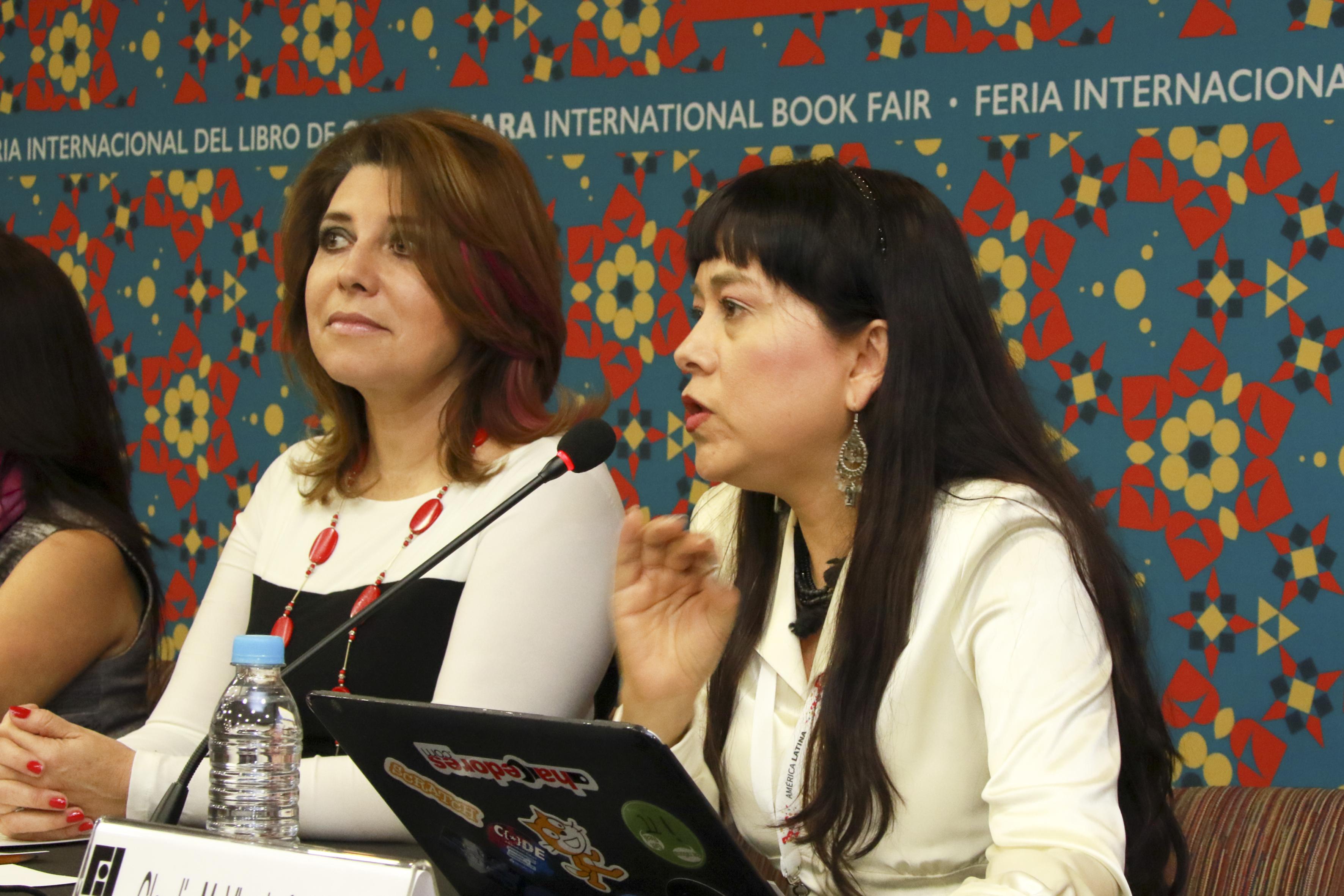 Doctora Claudia Vicario Solórzano, Investigadora del Instituto Politécnico Nacional y Coordinadora de la Red Late México de la (CUDI), haciendo uso de la palabra