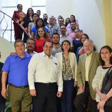 Foto grupal de los participantes del curso de actualización sobre el Sistema Nacional Anticorrupción.