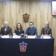 Funcionarios del Centro Universitario del Sur con sede en Ciudad Guzmán en la rueda de prensa